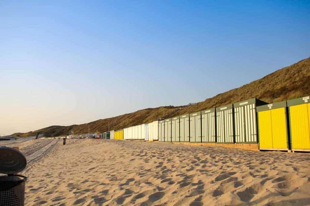 A row of beach houses in Zeeland.