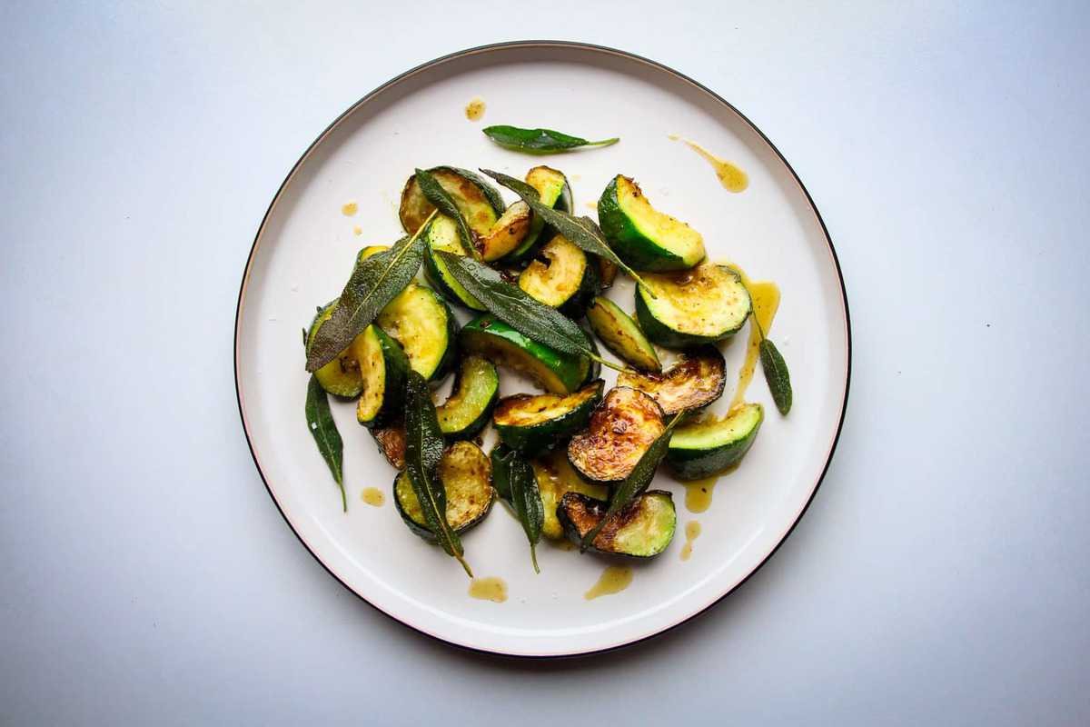 Fried courgette in a garlic oil with crispy sage and black pepper.
