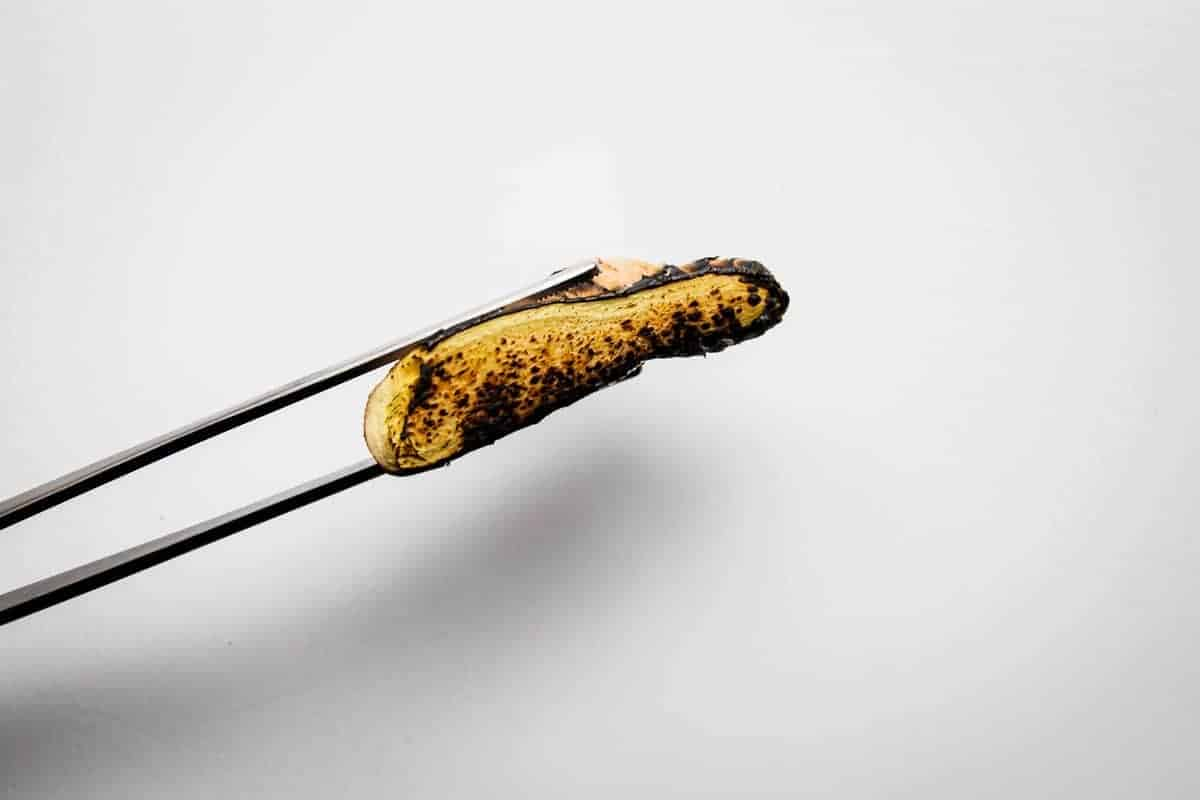 Burning the ginger over fire.