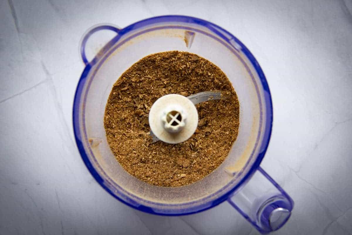 Blending the porcini mushroom in the blender.