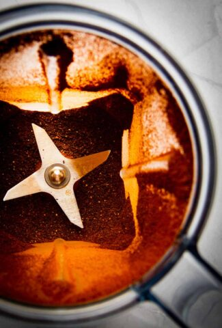ancho-chili-powder-in-a-blender