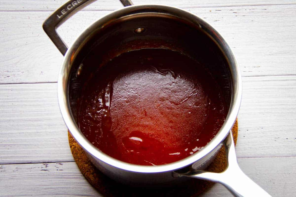 heating-the-bbq-and-vinegar-sauce