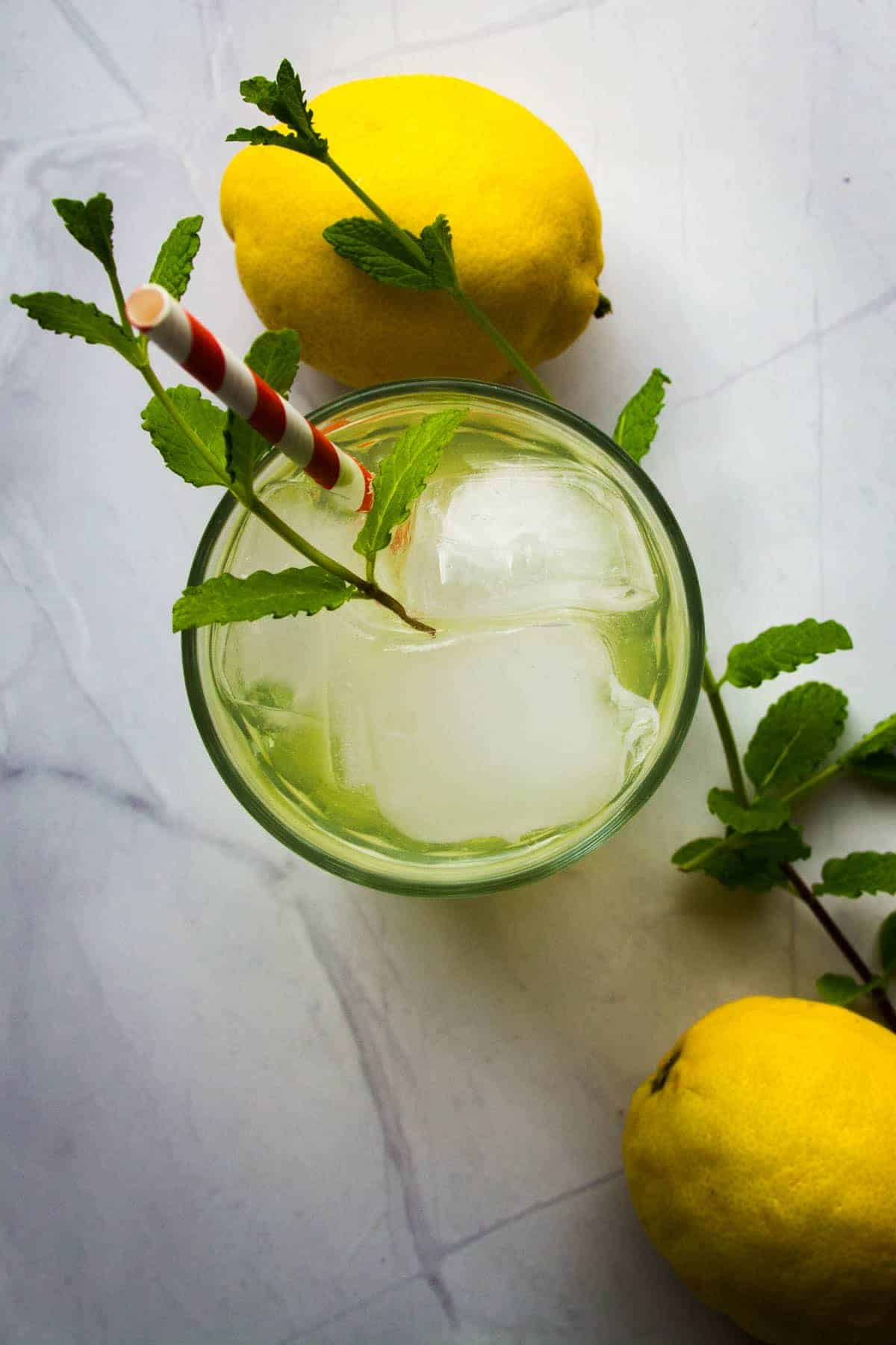 limoncello-spritz-with-a-lemon-on-the-side