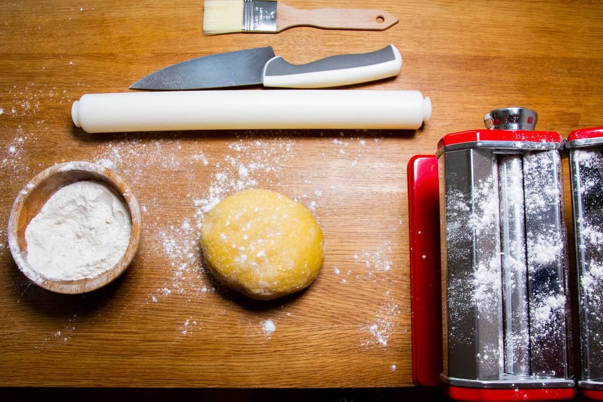 Setting up the pasta machine.
